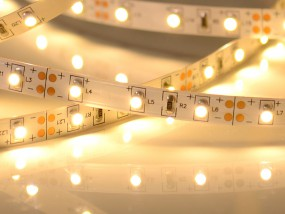 LED-Streifen, 5m Rolle, 300 LEDs warmweiß 2700K CRI>80 12V