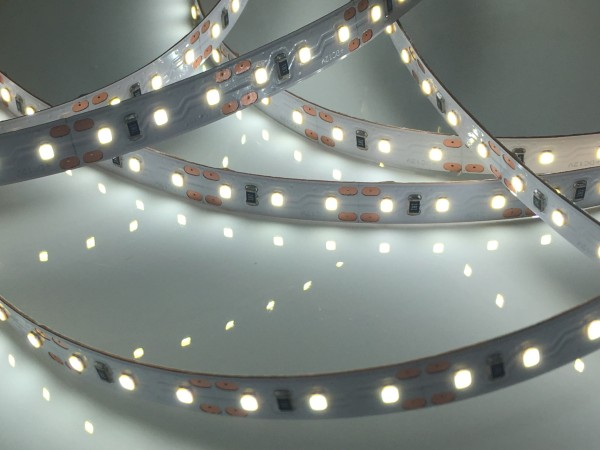 HighCRI LED-Streifen, 6500K purweiß, 820lm/m, 9,6W/m, 120LEDs/m, 12V, 5m Rolle