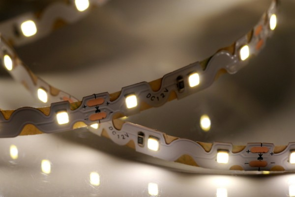 Curved LED-Streifen, 4000K neutralweiß, 60LEDs/m 12V, 5m Rolle