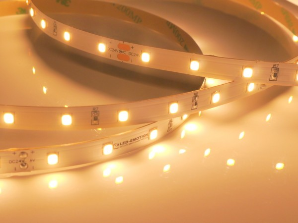 Eco-Line LED-Streifen, 2300K candlelight-warmweiß, 700lm/m, 7,7W/m, 56LEDs/m, 24V