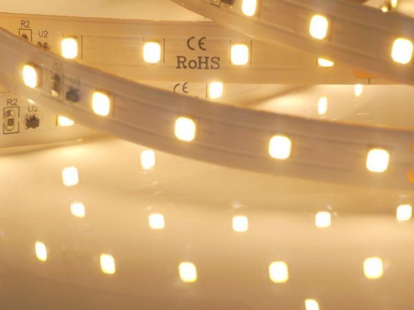 Premium BasicLine LED-Streifen, 3000K warmweiß, 1264lm/m, 9,6W/m, 70LEDs/m, 24V, 5m Rolle
