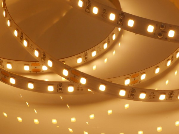 Eco-HD LED-Streifen, 2700K warmweiß,1624lm/m, 11,5W/m, 112LEDs/m, 24V
