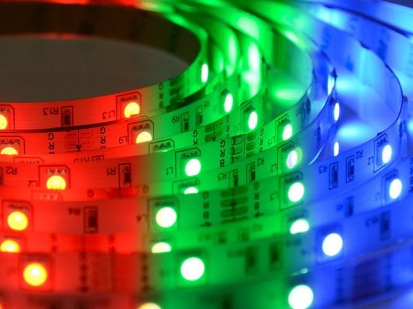 RGB LED-Streifen 30LEDs/m, 6W/m, 12V
