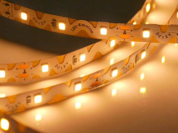 Curved LED-Streifen, 2700K warmweiß, 60LEDs/m 12V, 5m Rolle