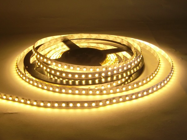 LED-Streifen in PVC-Hülle, 5m Rolle, 600 LEDs IP65 warmweiß 24V