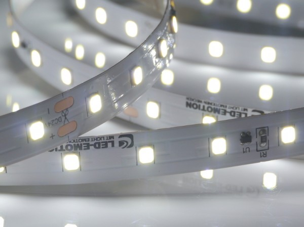Premium BasicLine LED-Streifen, 6500K purweiß, 1166lm/m, 9,6W/m, 70LEDs/m, 24V, 5m Rolle